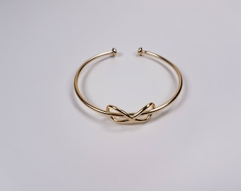 New Collection! Gold-fill hand made bracelet Infinity. 25% Off. Free shipping.