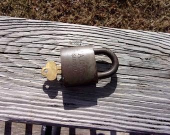 ACL Atlantic Coast Line Railroad Brass Signal Lock w/key