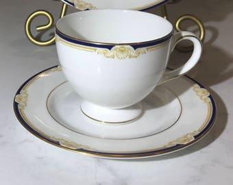 Wedgwood Cavendish Leigh Shape Footed Cup & Saucer Set R4680