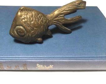 Vintage brass koi fish, brass fish paperweight, fish brass figurine