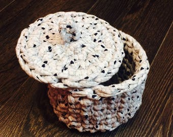 Knitted small basket