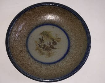 "Monroe Salt Works RABBIT 10.75"" Dinner Plate Tray Stoneware Blue Trim Transferware Maine"