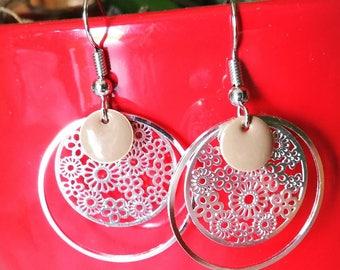 Earrings prints