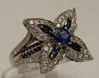 Blue sapphires White Gold Flower ring