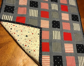 Americana picnic quilt