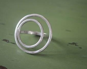 Two circles silver ring