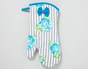 Blue Floral Stripes Oven Mitt