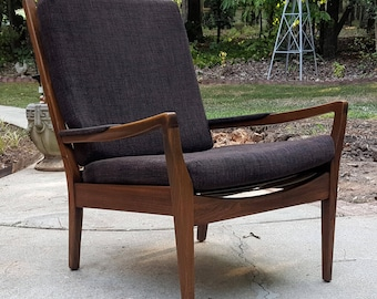 Mid Century Danish Modern Style Wood Frame Lounge Chair