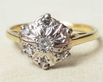 Vintage Diamond Flower Ring,18ct Gold and Diamond Engagement Ring, Approx Size 5.75