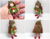 Acorn Bendy Doll- Waldorf Felt Doll- Woodland  Girl- Nature Table Doll- Small Miniature Bendy Doll- Felt Bendable Doll- Acorn Hat