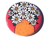 Cheerful Daisy Pin Back B...