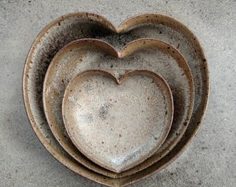 nesting ceramic heart bowls 4 inches - Stone Lodge grey