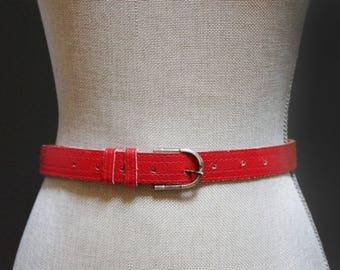 Vintage Red Leather Belt, Bright Red Belt, Red Leather Waist Belt, Women's Size Small, Red Leather Cinched Waist Vintage Red Belt