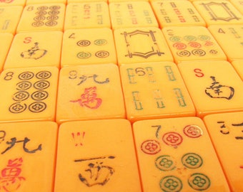 10 Vintage Bakelite or Catalin Mah Jong Tiles for Crafts and Jewelry Making
