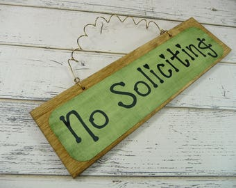 NO SOLICITING SIGN Wood Metal Home Office Decor Front Door Cute Wreath  Decoration Dye Sublimation Green