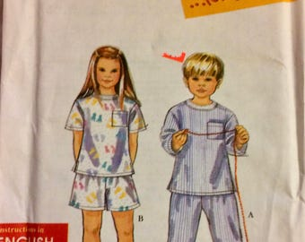 Child' Sewing Simplicity 8490 Pajamas Size 3-8 Uncut  Complete