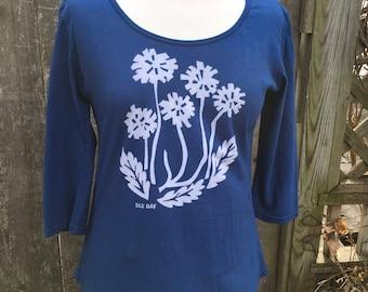 Women's 3/4 Sleeve Scoop Neck Blue Dandelion Tunic Tee