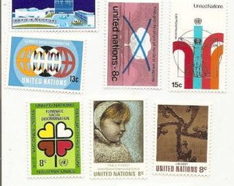 100 Vintage Unused UNITED NATIONS STAMPS