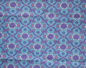 Seventies vintage floral fabric - 160x40 cm.