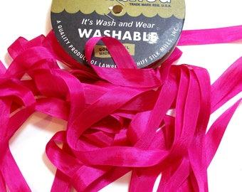 Hug Snug Summer Rose Rayon Seam Binding 1/2 inch wide x 100 yards, Bright Pink Seam Binding