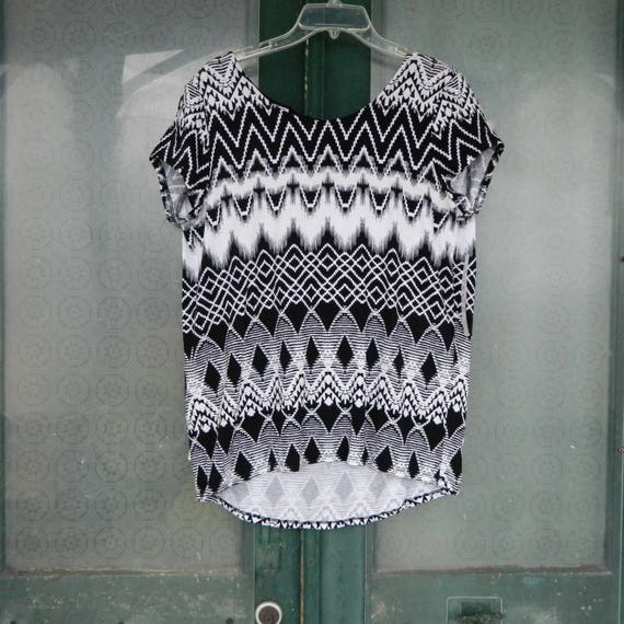 Tribal Geometric Print Tee Black and White Rayon/Spandex NWT Various Sizes Available