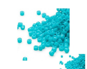 Delica #11 round Glass Seed Bead - Opaque Turquoise Green - 7.5-gram pkg DB0658V fnt