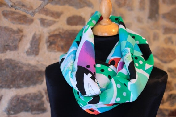 Scarf Snood scarf-shawl patterned graphic and colorful cotton viscose.