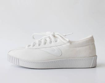 1990s Tretorn NYLite White Canvas Sneakers