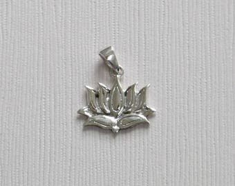 Sterling Silver Lotus Flower Pendant - T3- P8