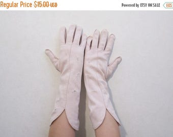 REDUCED Pink Gloves Vintage 50s Handstitched Embroidered Cutouts Cotton Pastel