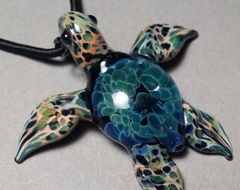 Turquoise or sea glass colored Sea Turtle // SPECIAL LISTING for cheaper shipping to other countries // faster shipping to USA