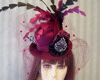 Burgundy Steampunk Mini Top Hat, Cosplay Mini Top Hat, Fascinator, Wedding Mini Top Hat, Feather Hat, Halloween Hat