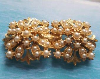 Vintage, 1 stunning seed pearl embellished interlocking closure belt buckle, metal, Bridal (June 207 17)