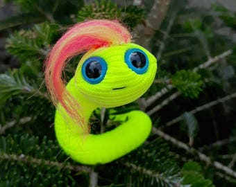Plush glow worm neon puppet pocket desk toy small wire puppet