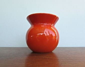 Kenji Fujita for Freeman Lederman, High-Fired Porcelain Open Sugar Bowl - Modernist Orange & High Gloss White, MCM Japan c1960s