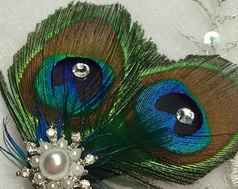 Simple Elegance Peacock Feather Hair Fascinator