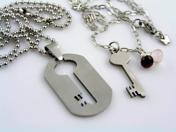 matching couple necklaces boyfriend girlfriend necklaces