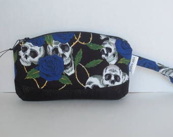 Clematis Wristlet - Wristlets - Skulls and Roses - Clutch