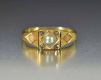 Antique Pearl Coral & Diamond Ring | Edwardian 18K Gold Ring | Alternative Engagement Ring | Antique Ring | Gold Edwardian Ring | Pearl Ring