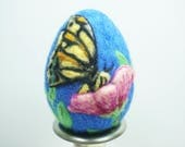 Easter Egg - Needle Felted Wool Egg - Butterfly on Flower - Needlefelt Egg - Easter Gift - Easter Decoration - Large Egg - Easter Felt