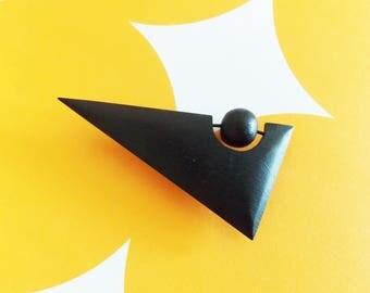 Modernist 1980s black wood brooch / Memphis Design geometric European pin jewelry
