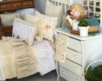 Rustic Prairie Miniature Dollhouse Bed and Full Bedding set-1:12 scale