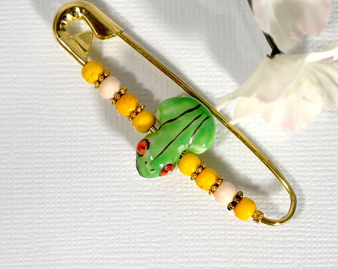 Scarf Pin Frog Sarong Pin Yellow Green Pin Lapel Pin Fun Pin Frog Jewelry Beaded Safety Pin