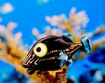 Dory..... lampwork fish bead............ sra