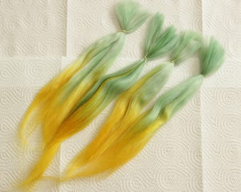 "Short Suri Alpaca Doll Hair dyed and combed locks, green and yellow Batik, about 5-8"", for reroot and BJD doll wigmaking,"