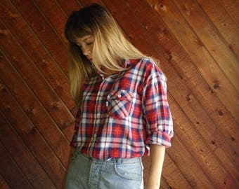 20% off SUMMER SALE. . . Levis Red Plaid Western Shirt - Vintage 70s - S M