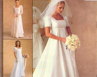 WEDDING DRESS Sewing Pattern - Renaissance Gown and Bridesmaid Dresses - McCalls 9135 OOP