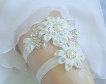 Luxury Garter Set, Wedding Garter Set, Off White Garter, Rhinestone garter, Modern Garter Set