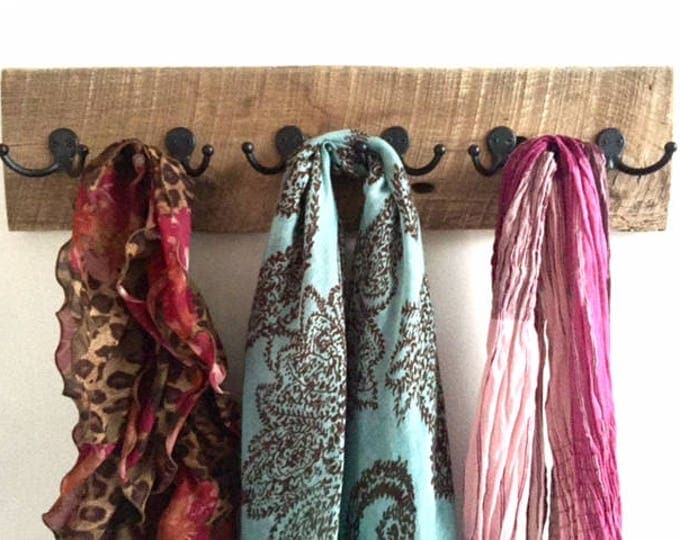 Rustic barnwood beach towel rack 12 hooks Beachhousedreams OBX Outer Banks home Farmhouse reclaimed wood scarf jewelry necklace organizer