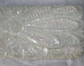 Vintage Wedding Purse White Beaded Evening Bag Vintage Clutch Convertible Handbag Sequin Purse Snap Clasp Hong Kong Bridal Purse 1960s 60s